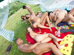Nasty student sex friends openly fuck outdoors